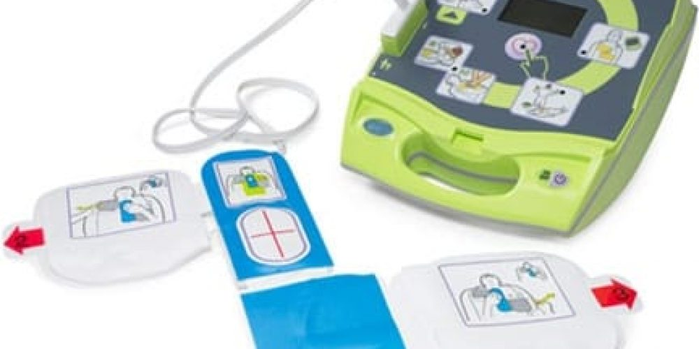 importance of plugging in pads to aed